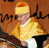 Excmo. Sr D. Manfred Eigen